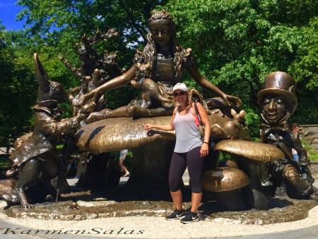 Monumento de Alicia en el Pais de las Maravillas