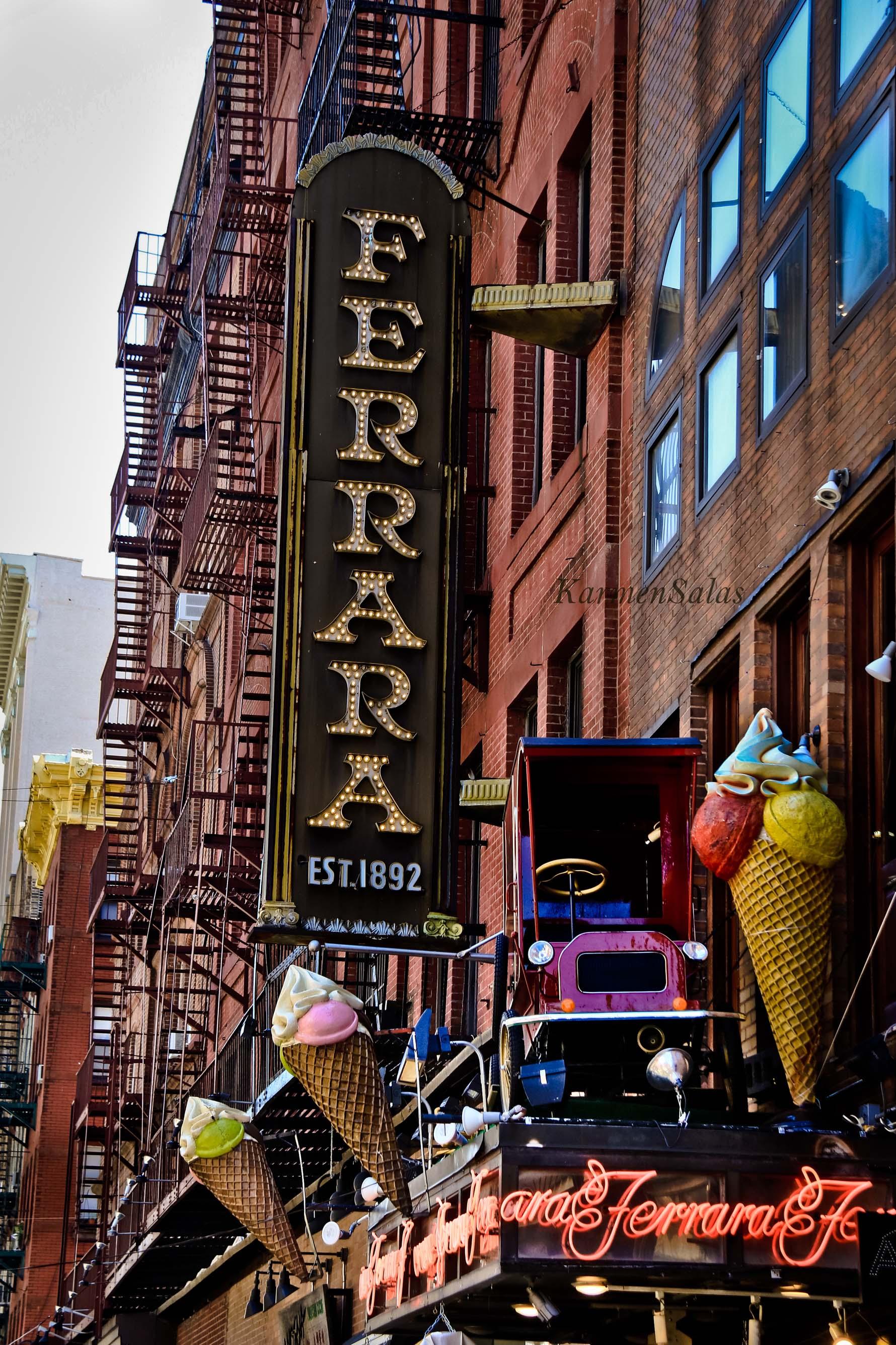 Pastelería, heladería Ferrara