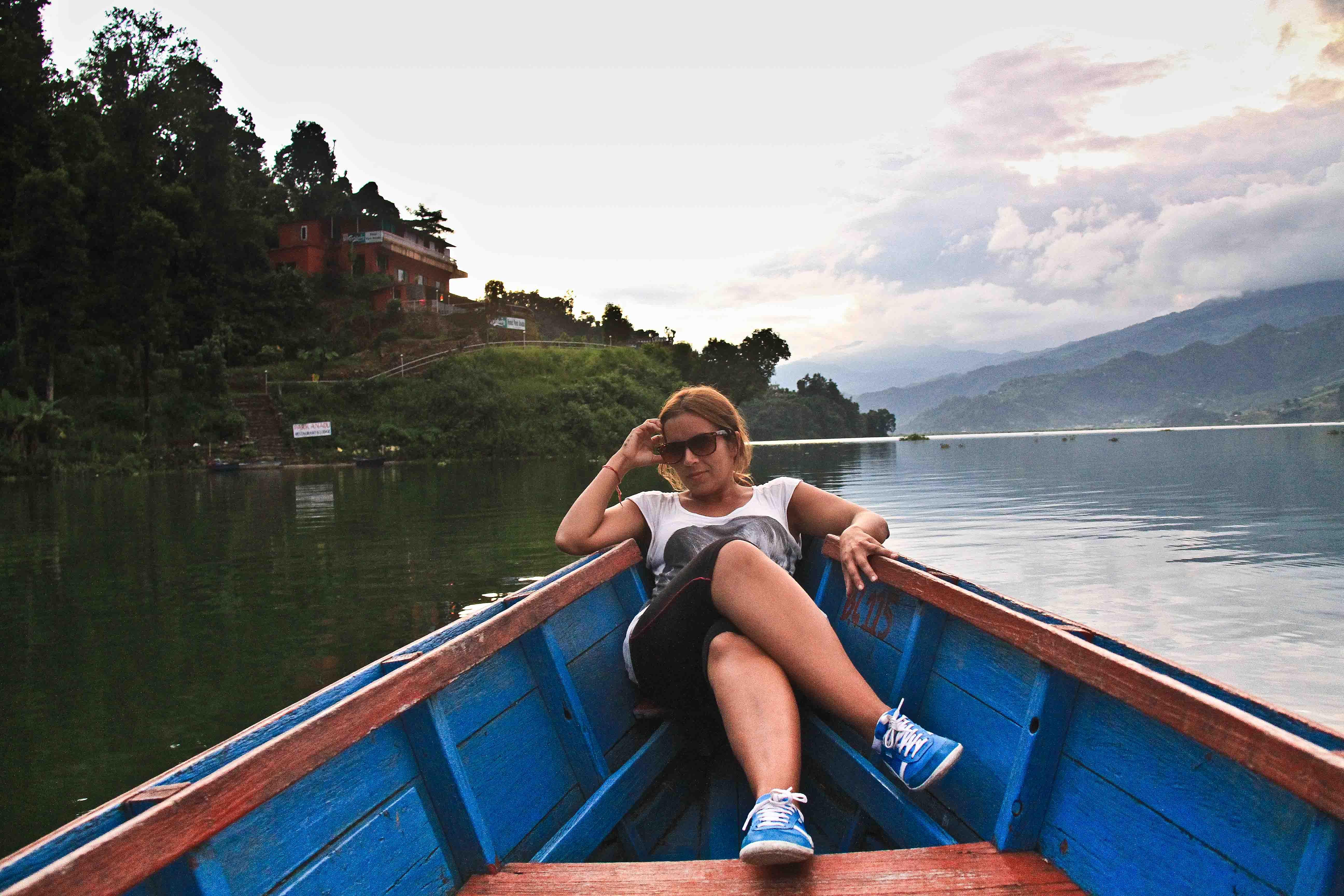 Paseo en bote por Lago Phewa